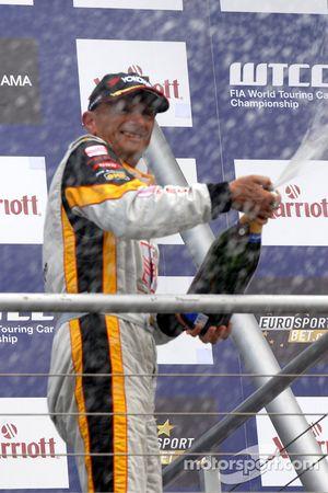 Gabriele Tarquini sprays champagne