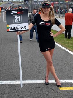 Kazim Vasiliauskas' Grid Girl