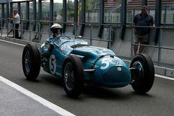 #5 Richard Pilikington (GB) Talbot-Lago T25, 1950, 4500cc as driven by Louis Rosier