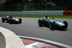 Hubert Fabri (B), Aston Martin DBR4, 1959, 2500cc; Nick Eden (GB), Cooper T45, 1958, 2000cc