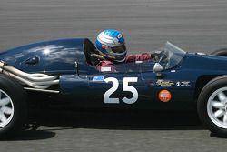 Richard Longes (AUS) Cooper T43, 1957, 2000cc