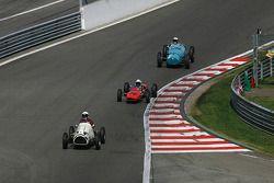 Geoffrey O'Connell (GB) Cooper Bristol Mk II ; Michel Wanty (B), Lotus 27 Junior; Richard Pilikington (GB) Talbot-Lago T25