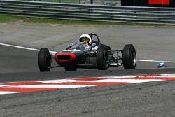 #71 Alan Baillie (GB) Cooper T71/73, 1964, 1500cc