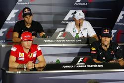 FIA press conference: Kimi Raikkonen, Scuderia Ferrari, Jaime Alguersuari, Scuderia Toro Rosso, Robe