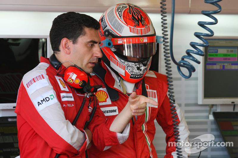 """A equipe é sempre uma vítima frequente de Kimi pelo rádio. No GP da Malásia de 2009, o finlandês voltou a mostrar como é caloroso: """"Não fale comigo no meio de uma curva!"""""""