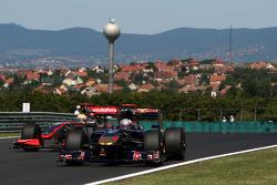 Jaime Alguersuari, Scuderia Toro Rosso, Lewis Hamilton, McLaren Mercedes