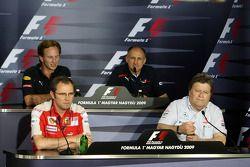 Conferencia de prensa FIA: Christian Horner, Red Bull Racing, Director deportivo, Stefano Domenicali