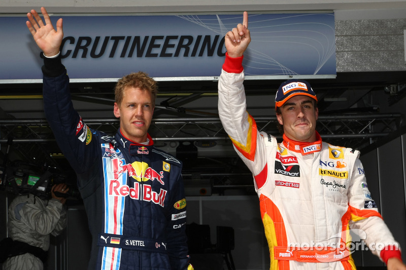 Fernando Alonso, Renault F1 Team, Sebastian Vettel, Red Bull Racing