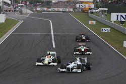 Nick Heidfeld, BMW Sauber F1 Team, Rubens Barrichello, Brawn GP, Giancarlo Fisichella, Force India F