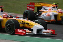 Fernando Alonso, Renault F1 Team justo antes de que perdiera su rueda