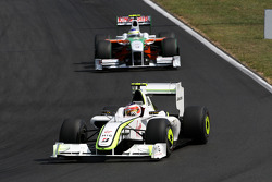 Rubens Barrichello, BrawnGP, Giancarlo Fisichella, Force India F1 Team
