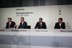 Dr. Norbert Reithofer (Yönetim Kurulu Başkanı, BMW AG), Maximilian Sch����berl, Dr. Klaus Draeger (head, development), Dr. Mario Theissen (BMW Sauber F1 Team, BMW Motorsport Direktör)