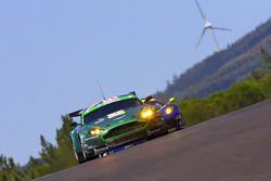 L'Aston Martin Vantage GT2 N°87 : Paul Drayson, Jonny Cocker