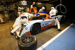 Pit stop de la Lola Aston Martin N°009 (Harold Primat, Miguel Ramos, Darren Turner)