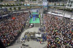 Podium : les deuxièmes Sébastien Loeb et Daniel Elena