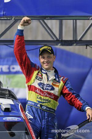 Podium: le vainqueur Mikko Hirvonen