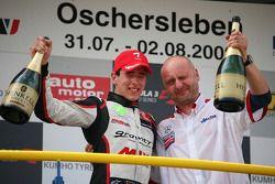 Podium: race winner Christian Vietoris, Muecke Motorsport Dallara F308 Mercedes