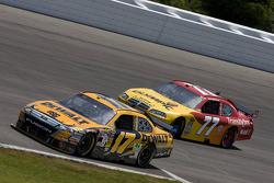 Matt Kenseth, Roush Fenway Racing Ford, Sam Hornish Jr., Penske Racing Dodge
