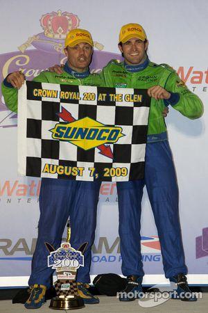 Podium DP : les vainqueurs de l'épreuve Nic Jonsson et Ricardo Zonta
