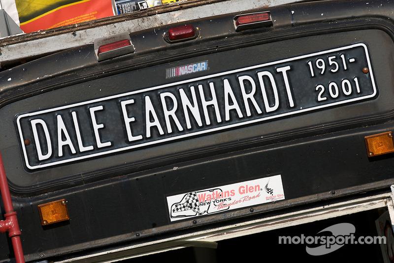 Ehrerweisung für Dale Earnhardt