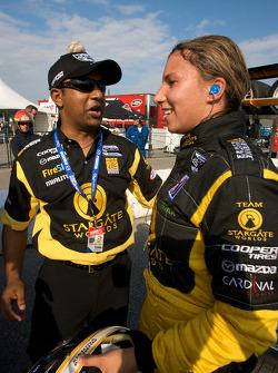 Pole winner Simona De Silvestro, Team Stargate Worlds celebrates