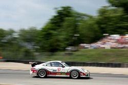 #57 Snow Racing Porsche 911 GT3 Cup: Martin Snow, Melanie Snow