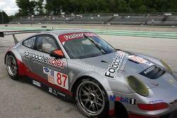 #87 Farnbacher Loles Racing Porsche 911 GT3 RSR: Wolf Henzler, Martin Ragginger