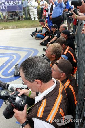 Photographers row