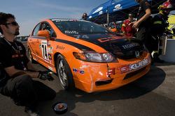 #74 Compass360 Racing Honda Civic SI: Christian Miller, Benoit Theetge with damage