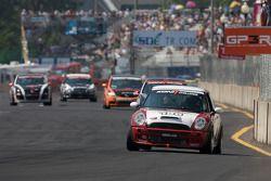 #196 RSR Motorsports Mini Cooper S: Jade Buford, Owen Trinkler