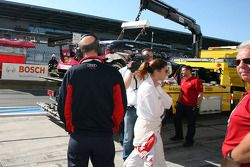 Katherine Legge, Audi Sport Team Abt and Dr. Wolfgang Ullrich, Audi's Head of Sport after her crash