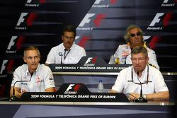 FIA press conference: Martin Whitmarsh, McLaren, Chief Executive Officer, Dr. Mario Theissen, BMW Sauber F1 Team, BMW Motorsport Director, Flavio Briatore, Renault F1 Team, Team Chief, Managing Director, Ross Brawn, Brawn GP, Team Principal