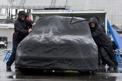 Qualifying gets rain delayed