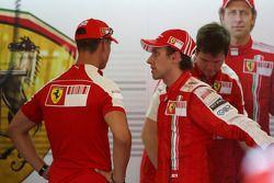 Михаэль Шумахер, Scuderia Ferrari, и Лука Бадоер, Scuderia Ferrari