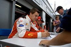 Autograph session: German Sanchez