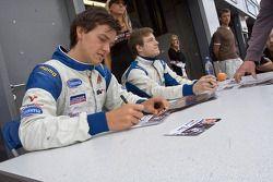 Autograph session: Jolyon Palmer and Jens Hoing