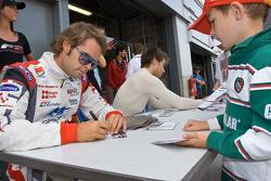 Autograph session: Andy Soucek