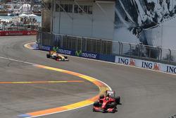 Luca Badoer, Scuderia Ferrari, Romain Grosjean, Renault F1 Team
