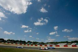 #007 Aston Martin Racing Lola Aston Martin: Jan Charouz, Tomas Enge, Stefan Mücke, #88 Team Felberma