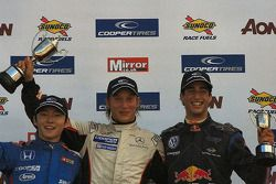 Daisuke Nakajima, Renger van der Zande et Daniel Ricciardo