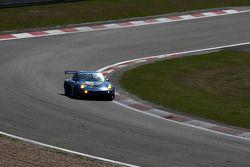 Horst Felbermayr Jr., Christian Ried, Francisco Cruz Martins (Proton Porsche 997 GT3 RSR N°88)