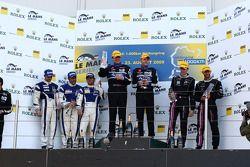 Podium LMP2 : Victoire pour Miguel Amaral et Olivier Pla, seconde place pour Filippo Francioni, Andrea Ceccato et Giacomo Piccini, troisième place pour Matthieu Lahaye et Karim Ajlani