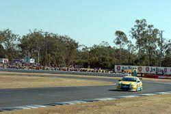 Geoff Emery onto pit straight