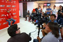 Luca Badoer, Scuderia Ferrari, Conference de presse