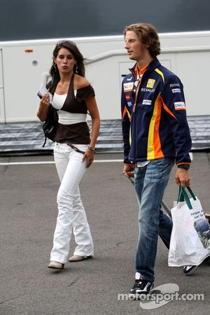 Romain Grosjean, Renault F1 Team y su novia Marion Jolles