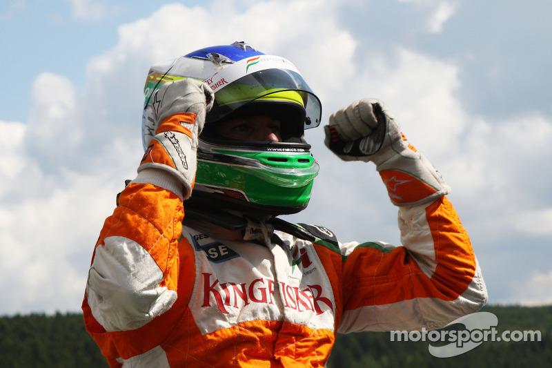 А поул сенсационно достался Джанкарло Физикелле из Force India