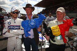 Nick Heidfeld, BMW Sauber F1 Team et des vaches