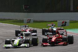 Rubens Barrichello, BrawnGP, BGP001 et Luca Badoer, Scuderia Ferrari