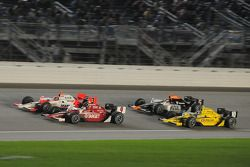 Helio Castroneves, Team Penske; Scott Dixon, Target Chip Ganassi Racing; Dario Franchitti, Target Ch