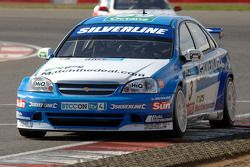 Jason Plato leads Martin Johnson